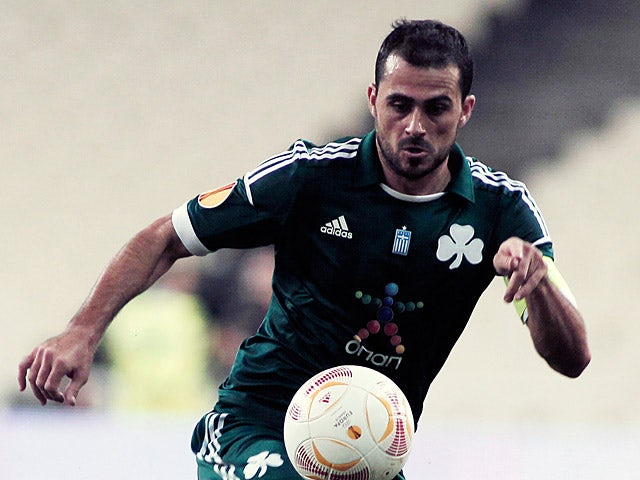 Panathinaikos' Loukas Vyntra in action during the Europa League on October 4, 2012
