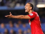 Manchester United's English defender Rio Ferdinand gestures during the English Premier League football match between Chelsea and Manchester United on October 28, 2012
