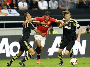 Henriquez salvages United draw