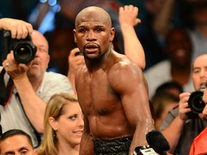 Mayweather lets fans choose next fight