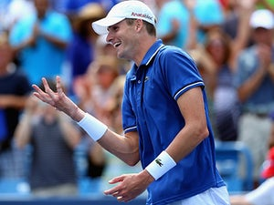 Result: Isner cruises through at Indian Wells