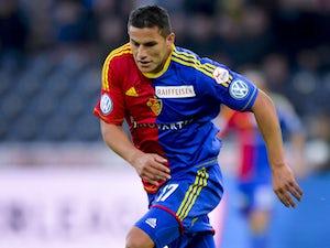 Team News: Bobadilla starts for Augsburg