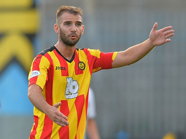 Sean Welsh of Partick Thistle in action during the Scottish Premiership League match between Partick Thistle and Dundee United at Firhill Stadium on August 02, 2013