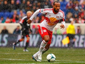 Henry inspires Red Bulls victory