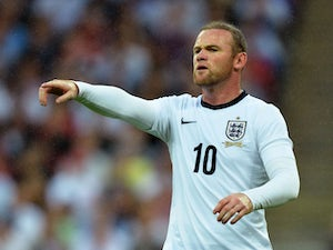 Rooney hails England youth