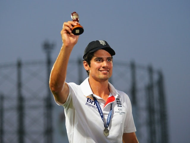 England captain Alastair Cook holds the urn after England win the Ashes on August 25, 2013