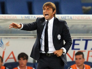 Conte criticises 'dubious' refereeing
