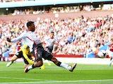 Daniel Sturridge rounds Brad Guzan to score for Liverpool against Aston Villa on August 24, 2013