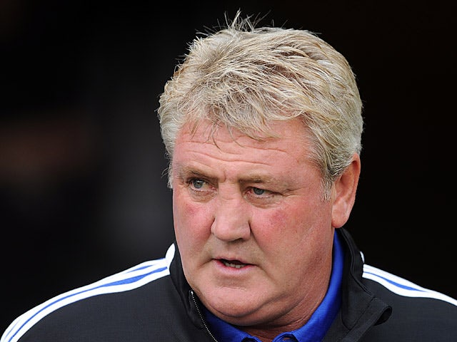 Hull boss Steve Bruce prior to kick-off in the match against Norwich on August 24, 2013