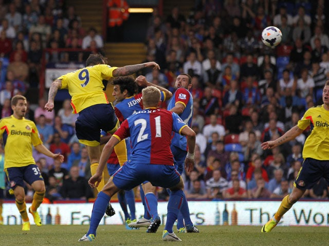 Sunderland's Scottish striker Steven Fletcher scores during the English Premier League football match between Crystal Palace and Sunderland at Selhurst Park in south London on August 31, 2013