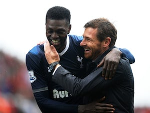 Adebayor travels with Spurs