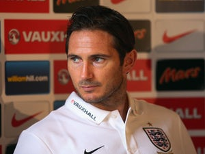 Hoddle: 'Lampard must start against Italy'