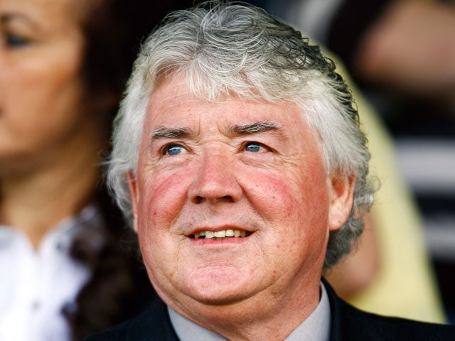 Joe Kinnear looks on during the Coca-Cola League Two match between Barnet and Notts County at the Underhill Stadium on August 29, 2009