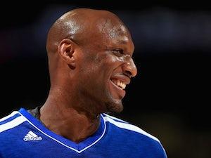 Knicks cut Odom, sign Aldrich