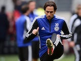 Chelsea's Israeli midfielder Yossi Benayoun takes part in a training session at the Amsterdam Arena in Amsterdam on May 14, 2013