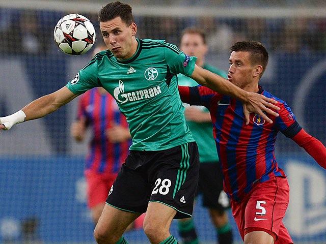 Result: Schalke coast to victory