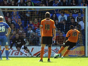 Late Sako penalty gives Wolves win