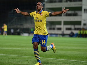 Team News: Walcott returns for Arsenal