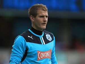 Alex Smithies signs new QPR deal