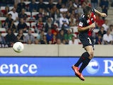 Nice's Argentinian forward Dario Cvitanich scores a goal during a French L1 football match between Nice (OGC Nice) and Guingamp (EAG) on September 28, 2013