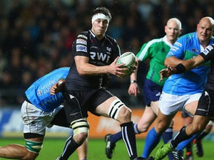 Jones withdraws from Wales squad