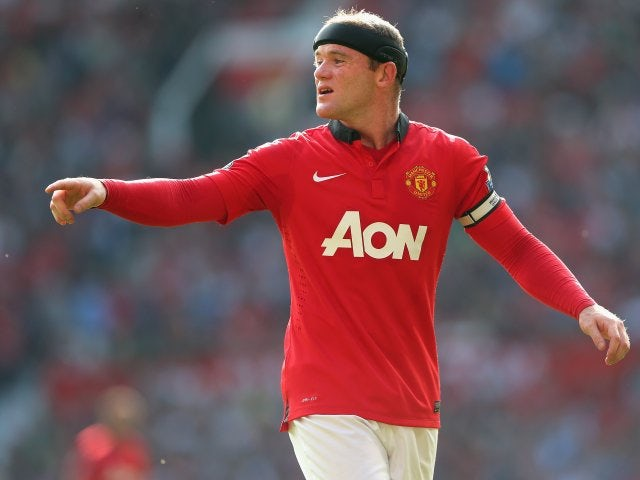 Like Ashley Cole, Wayne Rooney seems to limit his smoking to the holidays. Many believe that his habit used to infuriate Sir Alex Ferguson.