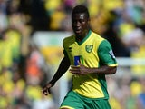 Alexander Tettey of Norwich City on the ball during the Barclays Premier League match between Norwich City and Chelsea at Carrow Road on October 6, 2013