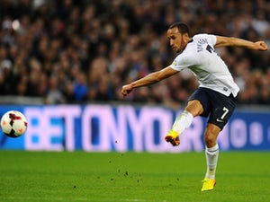 Andros Townsend makes Palace debut