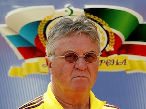 Hiddink unsure on how to fix Netherlands