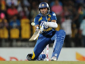 Sri Lanka set target of 212 in second T20