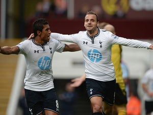 Half-Time Report: Spurs lead Anzhi by a goal