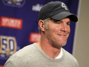 Report: Favre turns down Rams opportunity