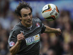 Danny Hylton joins AFC Wimbledon on loan