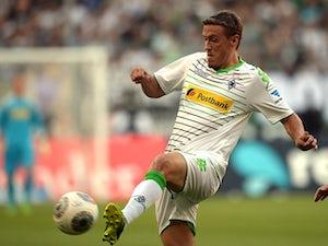 Gladbach, Mainz keep unbeaten starts intact