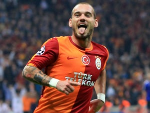Agent: 'Sneijder staying at Galatasaray'