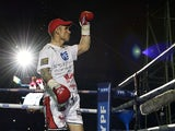 World Boxing Council middleweight challenger Martin Murray of Britain waves before the title bout against defending champion Sergio 'Maravilla' Martinez of Argentina on April 27, 2013