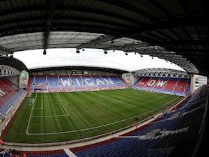 Wigan sign Odelusi from Bolton