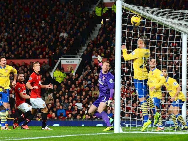 Result: Van Persie goal enough for United