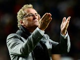 Sweden's coach Erik Hamren gestures to the crowd at the end of the FIFA 2014 World Cup qualifier play-off first leg football match Portugal vs Sweden at the Luz stadium in Lisbon on November 15, 2013