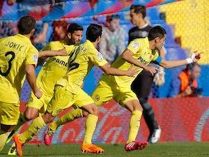 Villarreal beat 10-man Levante