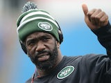 Ed Reed of the New York Jets, who was just acquired by the team, warms up before NFL game action against the Buffalo Bills at Ralph Wilson Stadium on November 17, 2013