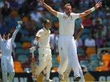 Stuart Broad of England appeals unsucessfully for the wicket of David Warner of Australia during day one of the First Ashes Test match between Australia and England on November 21, 2013