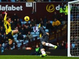 Emanuele Giaccherini of Sunderland fails to score from close range during the Barclays Premier League match between Aston Villa and Sunderland at Villa Park on November 30, 2013