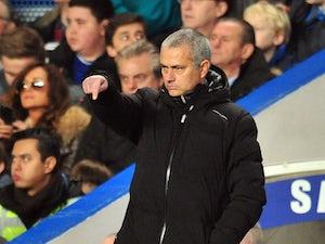 Mourinho: 'Wenger always complains'