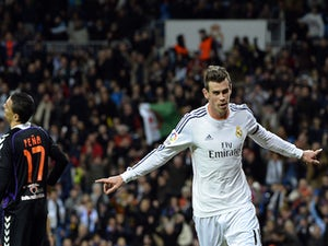 Bale 'puts Essex mansion up for sale'