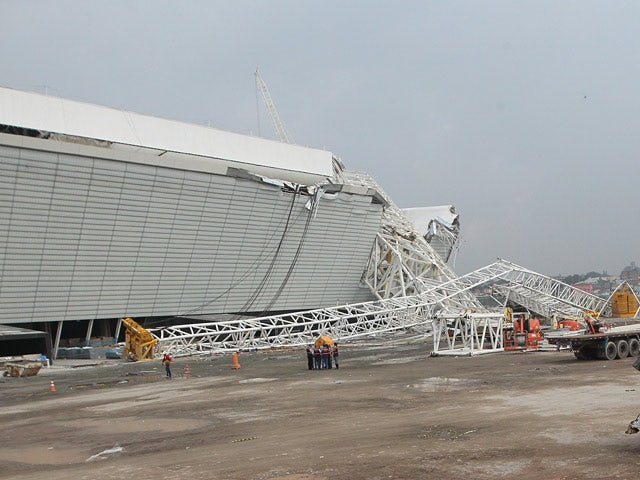 A crane collapsed during construction at the Itaquerao Stadium in Sao Paulo on November 27, 2013