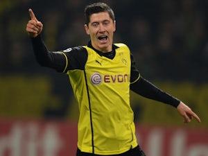 Team News: Lewandowski leads Dortmund line