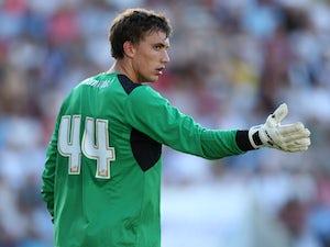 Colchester sign Chelsea goalkeeper