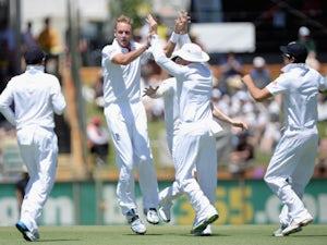 Broad won't bowl in third Test