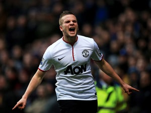 Cleverley proposes to girlfriend